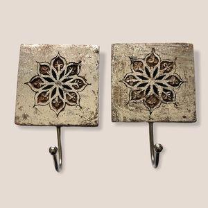 Wooden Floral Block hooks